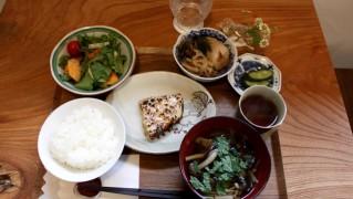 てらこやカフェ料理1