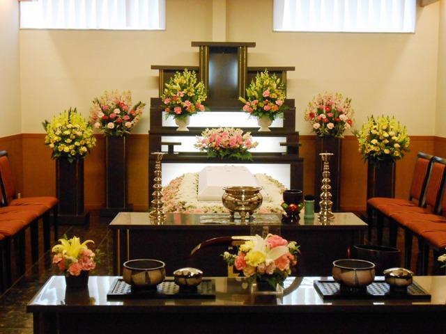 4家族葬専用式場1