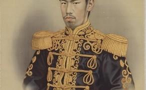 五姓田芳柳筆「明治天皇肖像」(川越市立博物館蔵)拡大用1