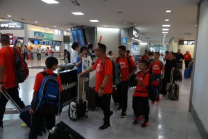 DSC03497s30成田空港到着
