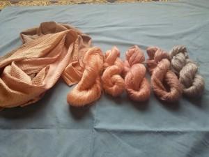 紫根染め糸-2