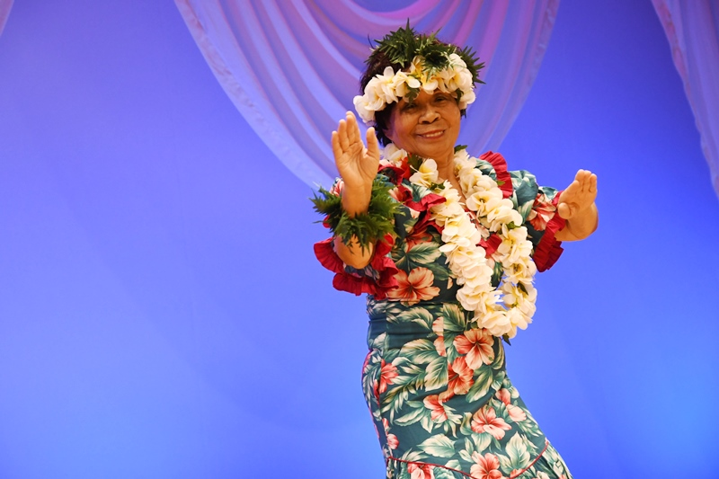 フラダンス 毎日興業 株式会社 文化祭 マイニチグループ文化祭
