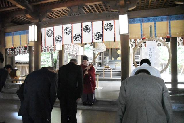 茅の輪飾り 武蔵一宮氷川神社 茅の輪くぐり